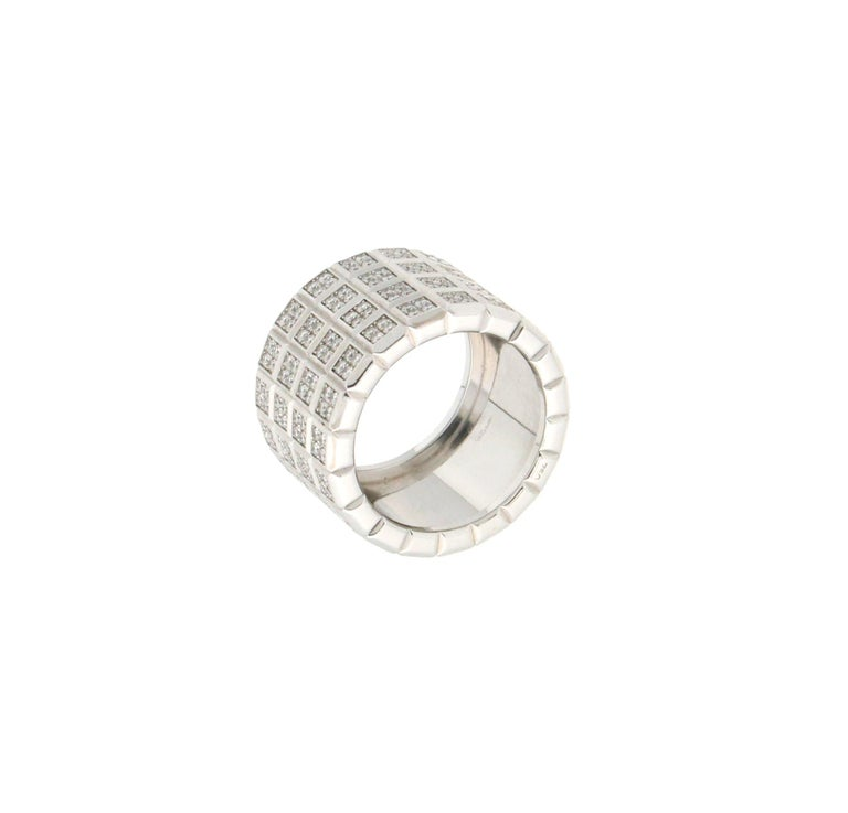 Artisan Handcraft Diamonds 18 Karat White Gold Band Ring For Sale