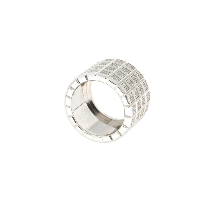 Brilliant Cut Handcraft Diamonds 18 Karat White Gold Band Ring For Sale