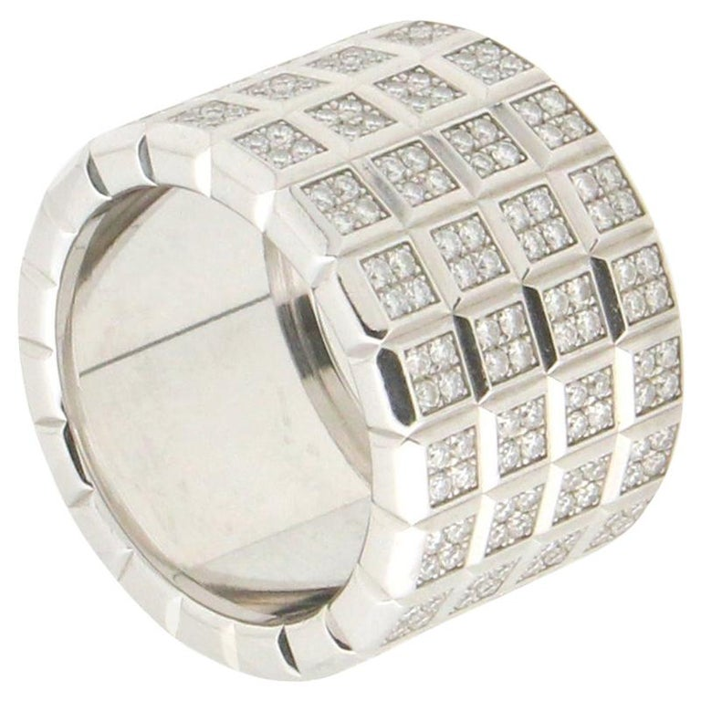 Handcraft Diamonds 18 Karat White Gold Band Ring For Sale