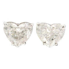Handcraft Diamonds Heart 18 Karat White Gold Stud Earrings