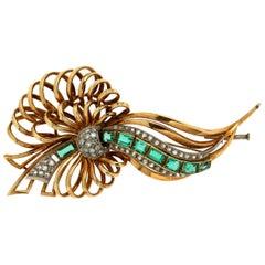 Handcraft Emerald 14 Karat Yellow and White Gold Diamonds Brooch