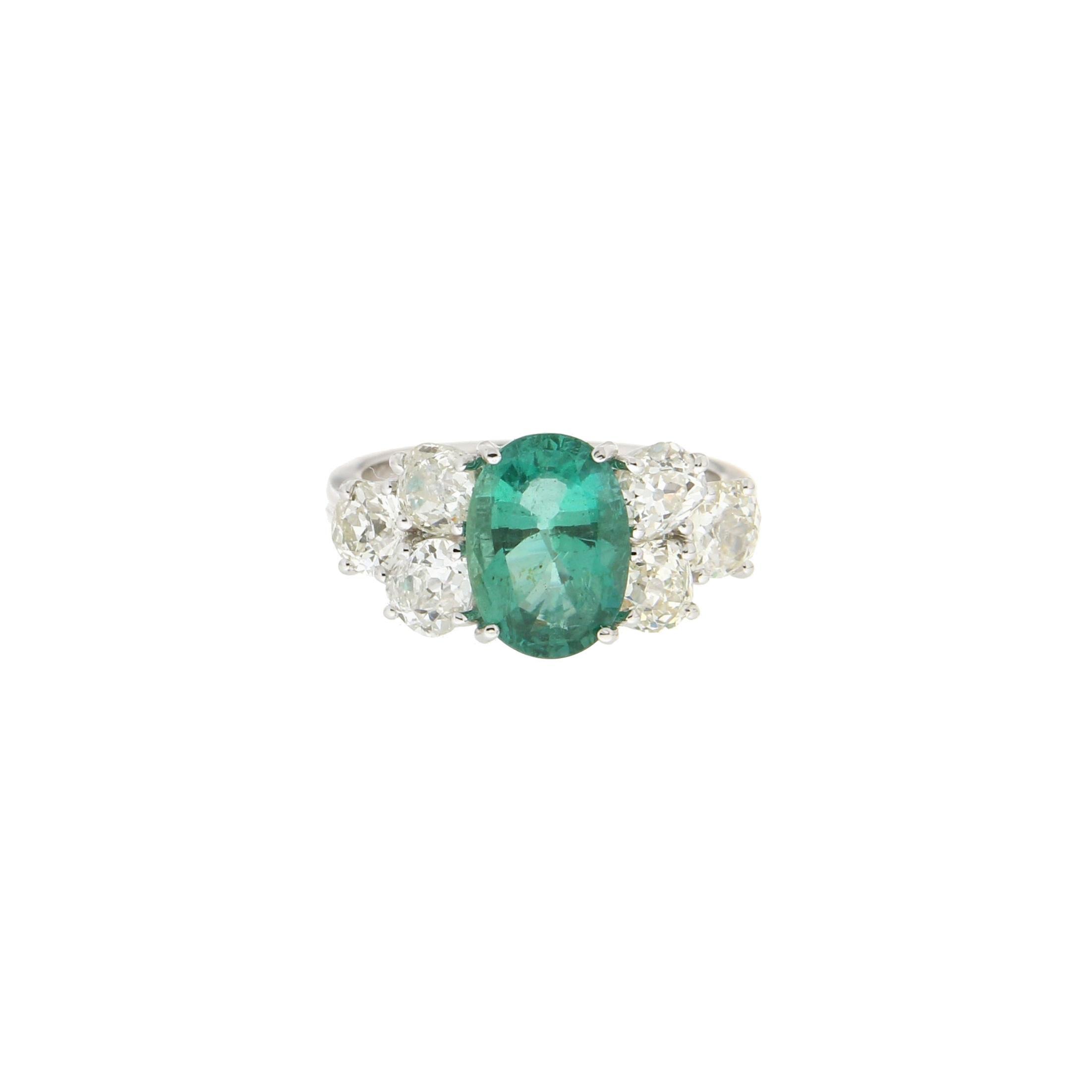 Handcraft Emerald 18 Karat White Gold Diamonds Engagement Ring