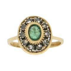 Handcraft Emerald 18 Karat Yellow Gold Diamonds Cocktail Ring