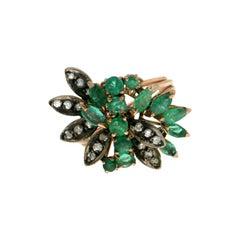 Handcraft Emerald 9 Karat Yellow Gold Diamonds Cocktail Ring