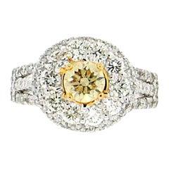 Handcraft Fancy 18 Karat White Gold Diamonds Engagement Ring