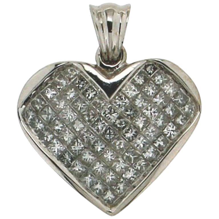 Handcraft Heart 18 Karat White Gold Diamonds Pendant Necklace
