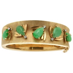 Handcraft Jade 14 Karat Yellow Gold Diamonds Bangle Bracelet