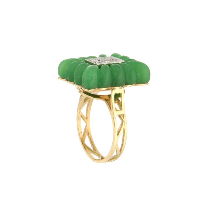 Handcraft Green Agate 18 Karat Yellow Gold Diamonds Cocktail Ring In New Condition For Sale In Marcianise, IT