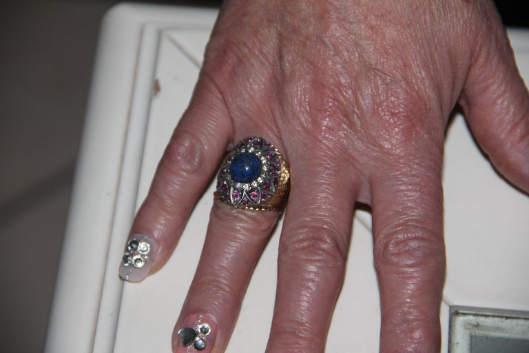 Handcraft Lapis Lazuli 14 Karat Yellow Gold Diamonds Ruby Cocktail Ring For Sale 5