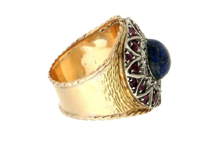 Artisan Handcraft Lapis Lazuli 14 Karat Yellow Gold Diamonds Ruby Cocktail Ring For Sale