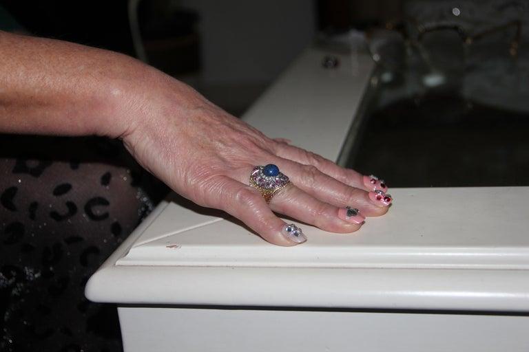 Handcraft Lapis Lazuli 14 Karat Yellow Gold Diamonds Ruby Cocktail Ring For Sale 3