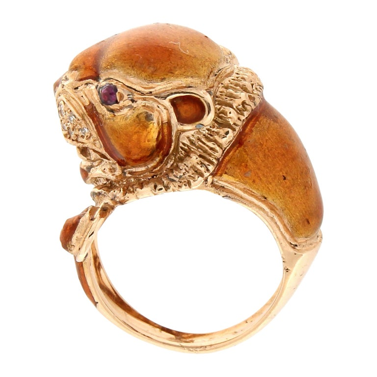 Handcraft Lion 14 Karat Yellow Gold Ring Diamonds Enamel For Sale