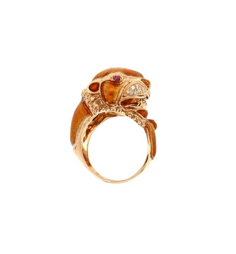 Contemporary Handcraft Lion 14 Karat Yellow Gold Ring Diamonds Enamel For Sale