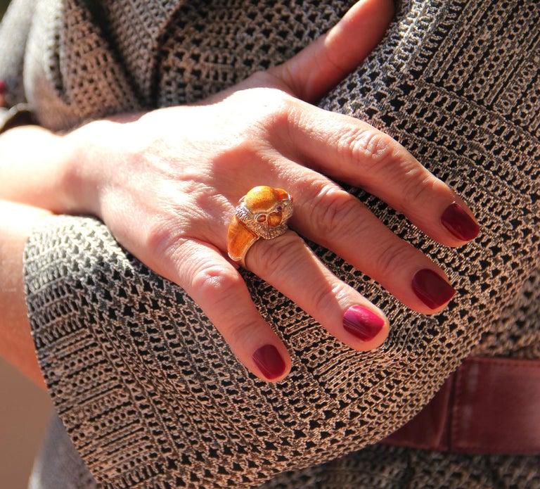 Handcraft Lion 14 Karat Yellow Gold Ring Diamonds Enamel For Sale 3