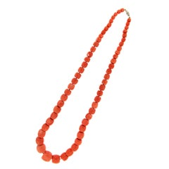 Handcraft Natural Coral 18 Karat Yellow Gold Clasp Rope Necklace