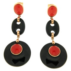 Handcraft Onyx 18 Karat Yellow Gold Coral Drop Earrings
