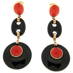Handcraft Onyx 18 Karat Yellow Gold Coral Drop Earrings
