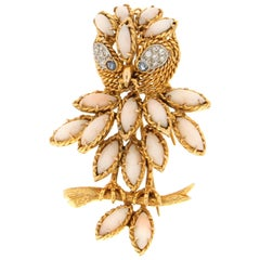 Handcraft Owl 14 Karat Yellow Gold Diamonds Coral Sapphires Brooch