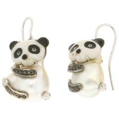 Handcraft Panda 18 Karat White Gold Diamonds Pearls Drop Earrings