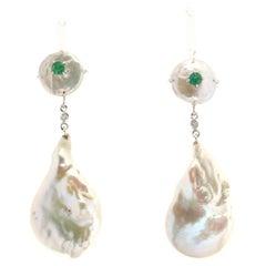 Handcraft Freshwater Pearls 14 Karat White Gold Emerald Drop Earrings