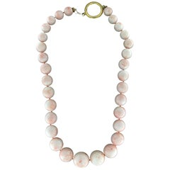 Handcraft Pink Coral Bead 18 Karat Yellow Gold Clamp Necklace