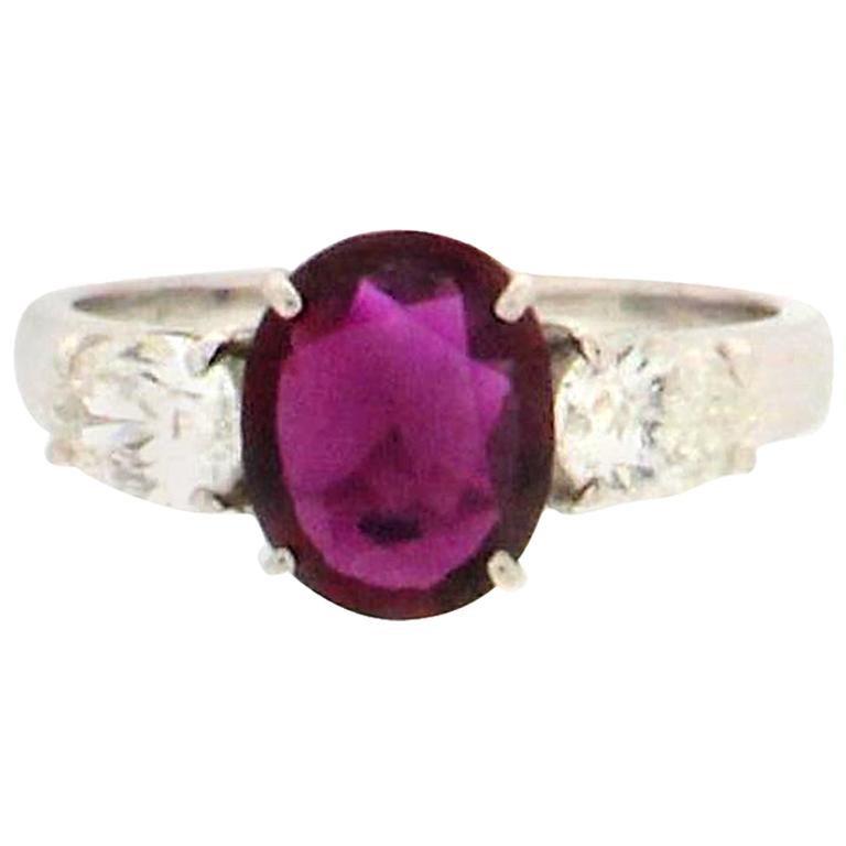 Handcraft Ruby 18 Karat White Gold Diamonds Engagement Ring For Sale