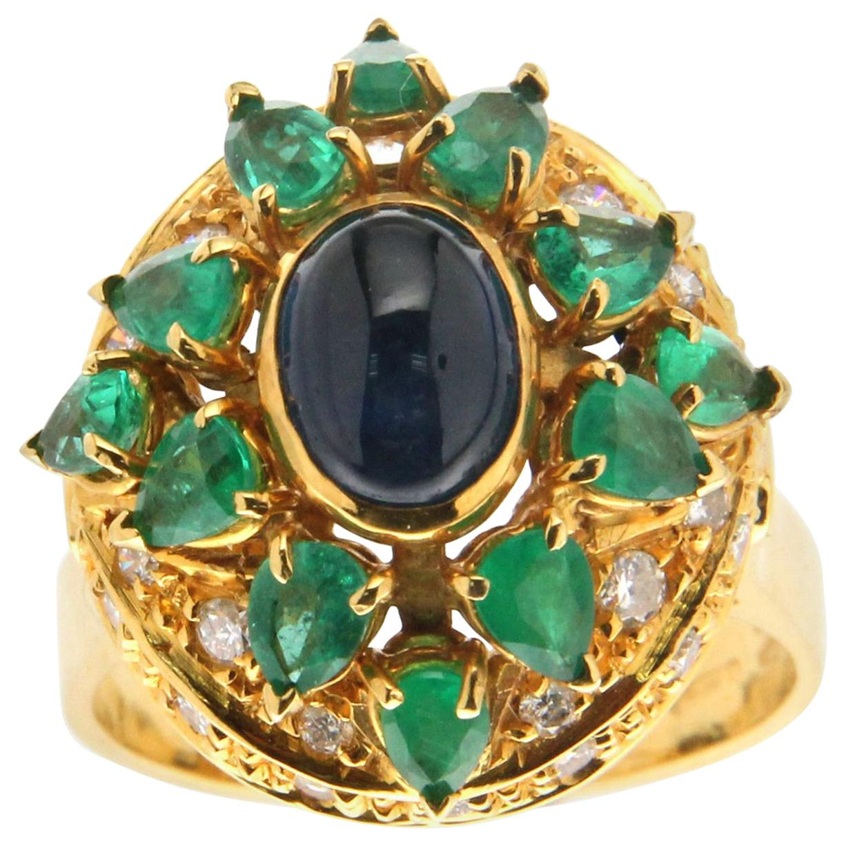 Handcraft Sapphire 18 Karat Yellow Gold Emeralds Diamonds Cocktail Ring