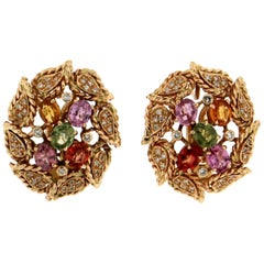 Handcraft Sapphires 14 Karat Yellow Gold Diamonds Stud Earrings