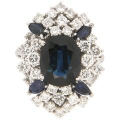 Handcraft Sapphires 18 Karat White Gold Diamonds Cocktail Ring