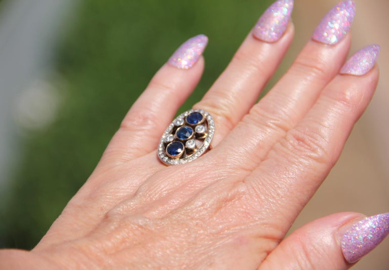 Handcraft Sapphires 18 Kt Yellow Gold Diamonds Cocktail Ring For Sale 5
