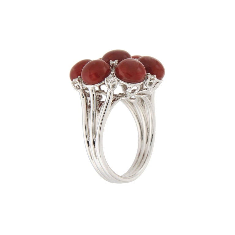 Handcraft Sardinian Coral 18 Karat White Gold Diamonds Cocktail Ring In New Condition For Sale In Marcianise, IT