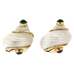Handcraft Shell 14 Karat Yellow Gold Emerald Seaman Schepps Clip-On Earrings