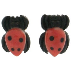 Handcraft Spider 18 Karat Yellow Gold Coral Ebony Stud Earrings