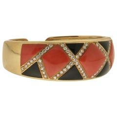Handcraft Stefan Hafner 18 Karat Yellow Gold Diamond Onyx Coral Clamper Bracelet