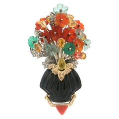Handcraft Vase 14 Karat Yellow Gold Onyx Carnelian Diamonds Pendant and Brooch