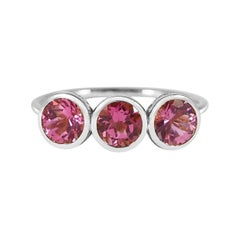Handcrafted 1.50 Carats Pink Tourmaline 18 Karat White Gold Three-Stone Ring