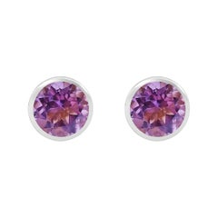 Handcrafted 2.40 Carats Amethyst 18 Karat White Gold Stud Earrings