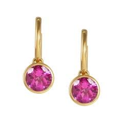 Handcrafted 2.60 Carats Pink Tourmaline 18 Karat Yellow Gold Drop Earrings
