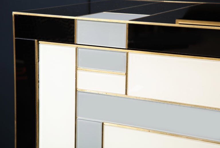 Custom Handcrafted Black, Ivory and Grey Glass with Brass Inlay Sideboard, Spain In New Condition For Sale In New York, NY