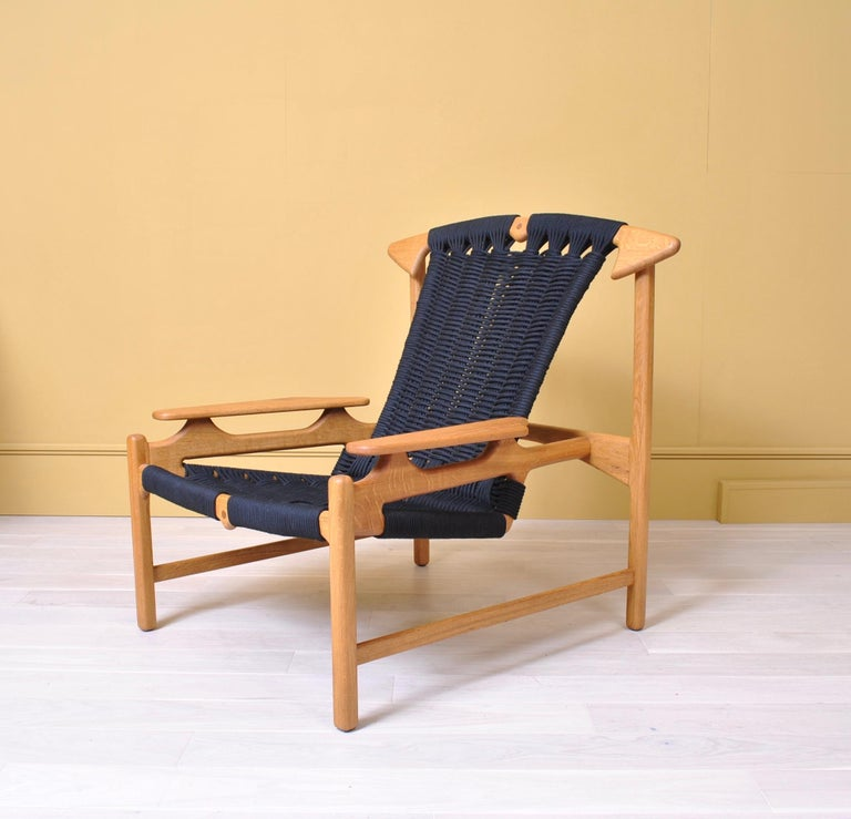 Handcrafted Danish Oak Lounge Chair by Martin Godsk For Sale 3
