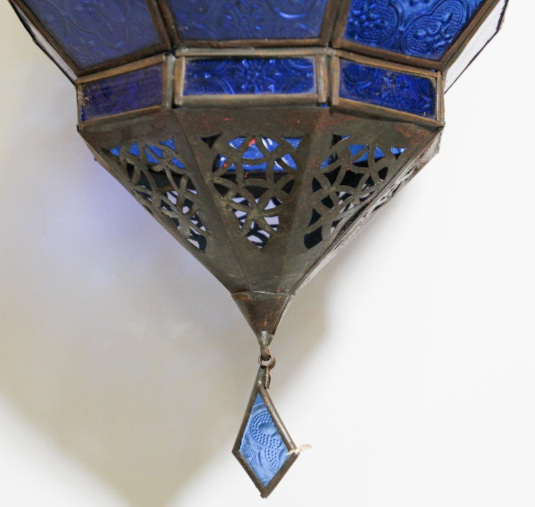 Handcrafted Moroccan Blue Glass Lantern, Metal Octagonal Diamond Shape For Sale 4