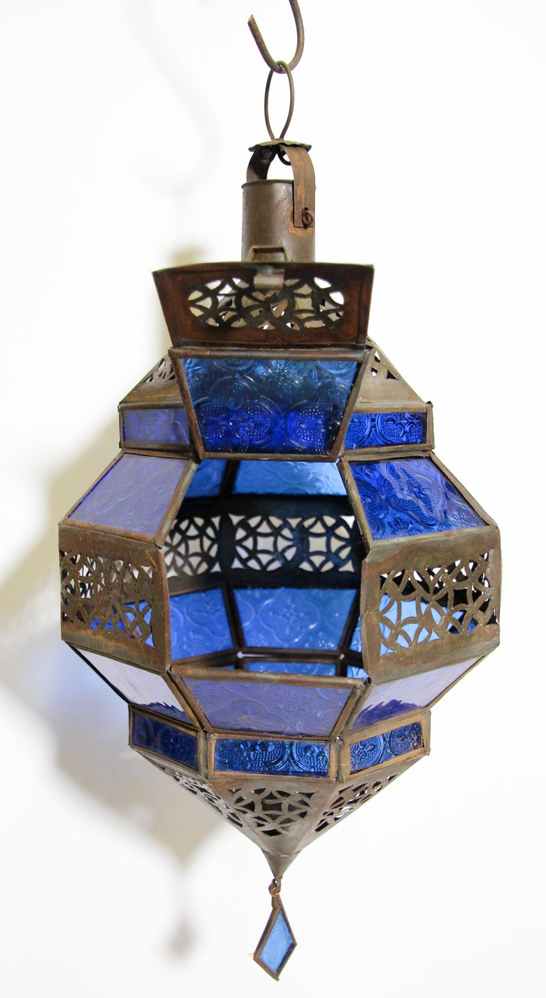 Handcrafted Moroccan Blue Glass Lantern, Metal Octagonal Diamond Shape For Sale 10