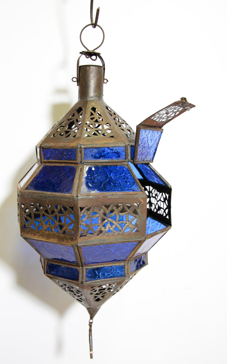 Handcrafted Moroccan Blue Glass Lantern, Metal Octagonal Diamond Shape For Sale 11