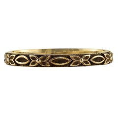 Handcrafted Victoria Floral Band in 18K Gold by Single Stone