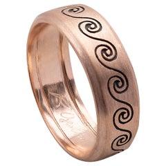 Handcrafted Rossella Ugolini Satin 18 Karat Rose Gold Wave Unisex Design Ring