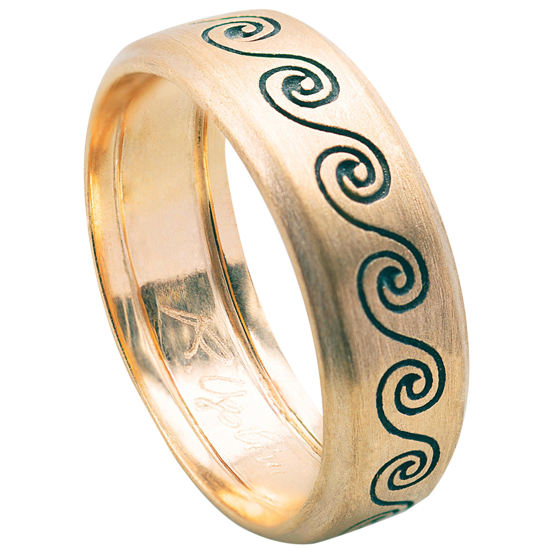 Handcrafted Rossella Ugolini Satin 18 Karat Yellow Gold Wave Unisex Design Ring