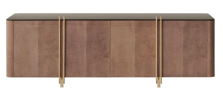 Handcrafted Sideboard in Glossy Grey Sycamore and Aged Brass In New Condition For Sale In New York, NY