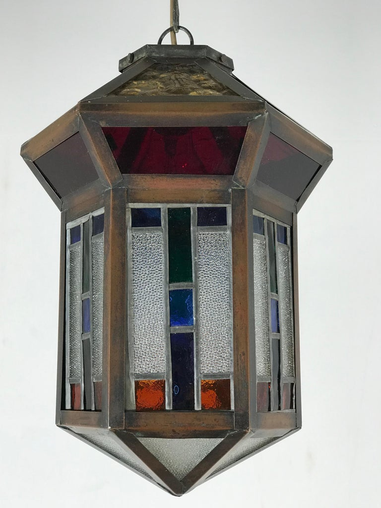 Wonderful ceiling lamp for the perfect ambiance.  If you are looking for a rare, beautiful and geometric design Art Deco pendant then this unique specimen from the 1920s could be the one for you. This symmetrical pendant has several stunning,