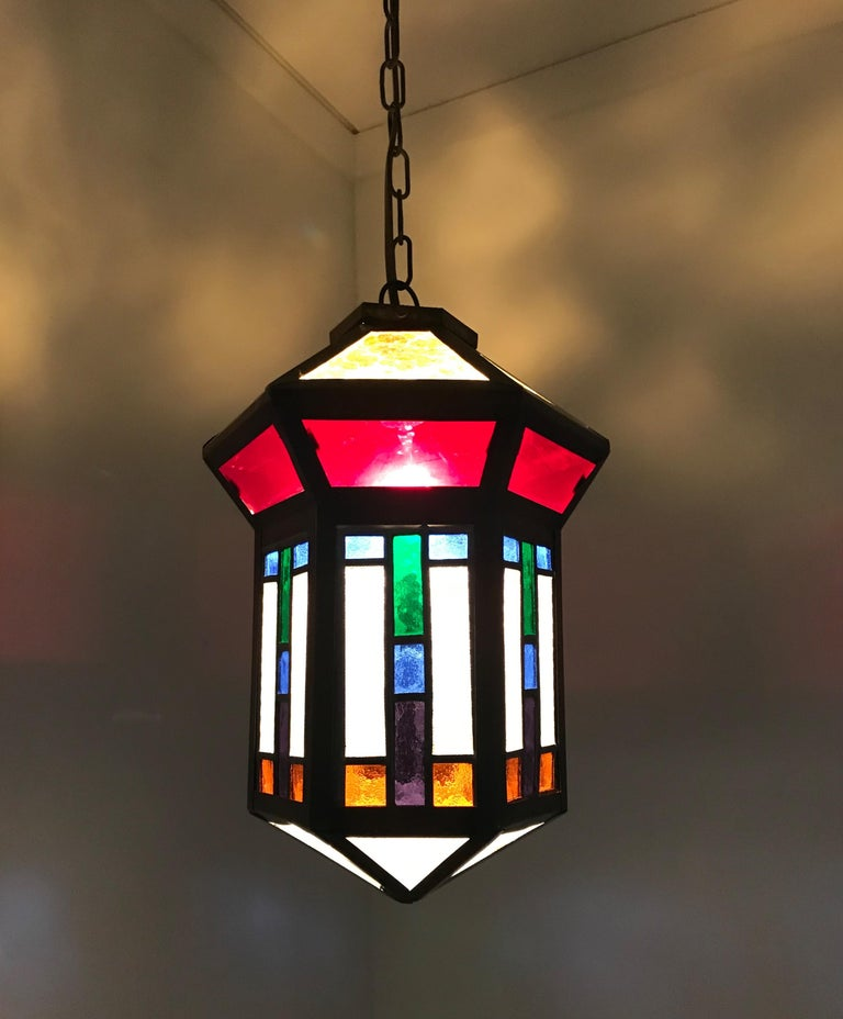 Handcrafted Stain Leaded Glass Geometric Design Art Deco Pendant, Great Colors In Good Condition For Sale In Lisse, NL