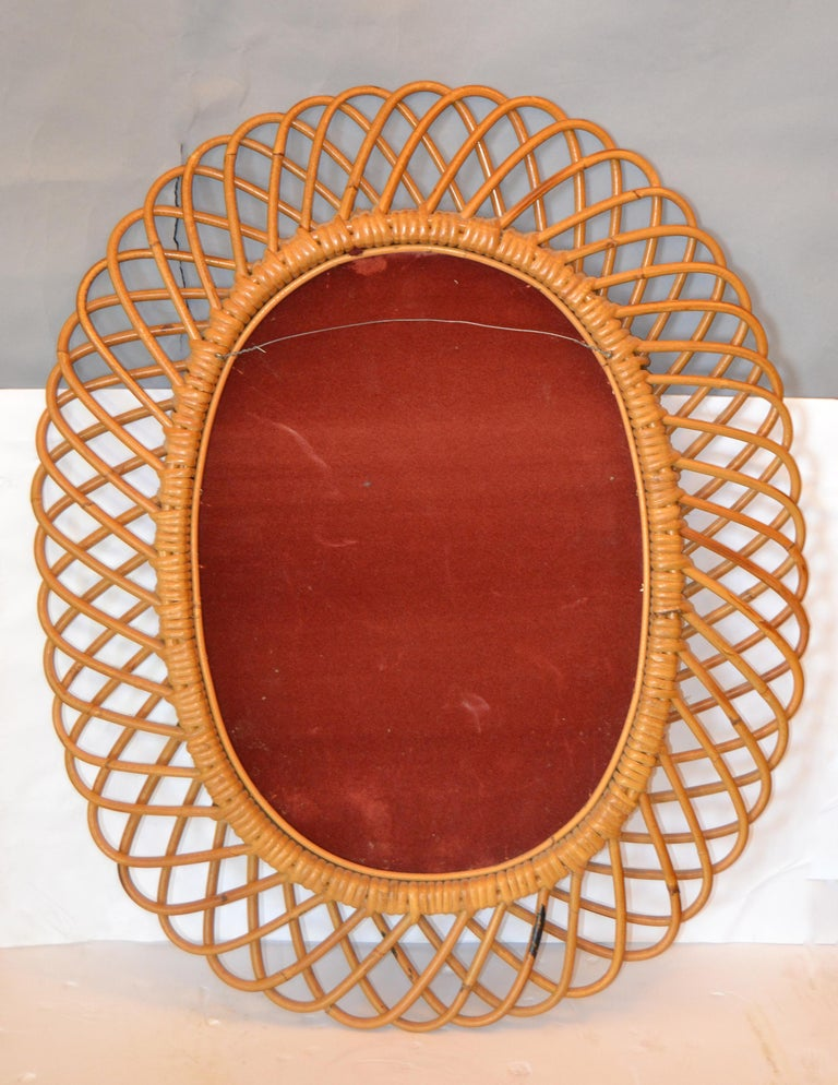Handcrafted Vintage Oval Bent Rattan Mirror For Sale 1